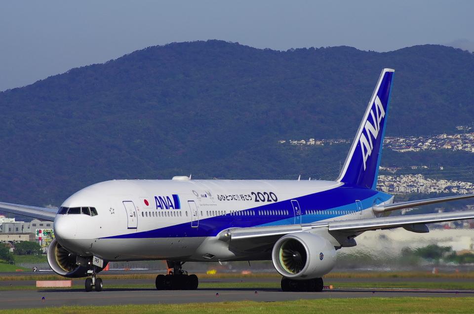 mild lifeさんの全日空 Boeing 777-200 (JA745A) 航空フォト