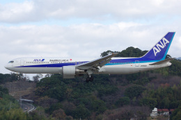 SGさんが、福岡空港で撮影した全日空 767-381の航空フォト(飛行機 写真・画像)