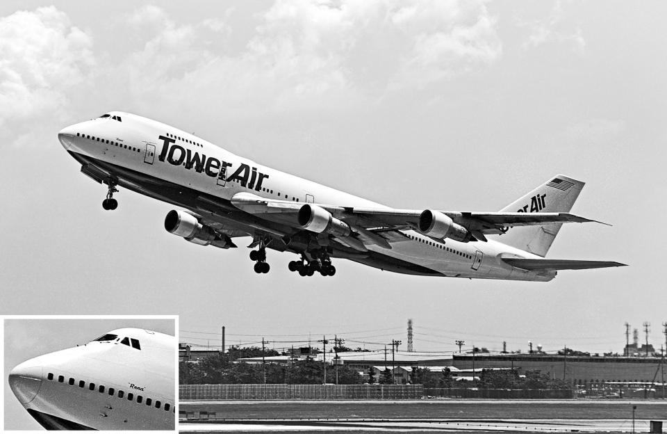 A-330さんのタワーエア Boeing 747-100 (N602FF) 航空フォト