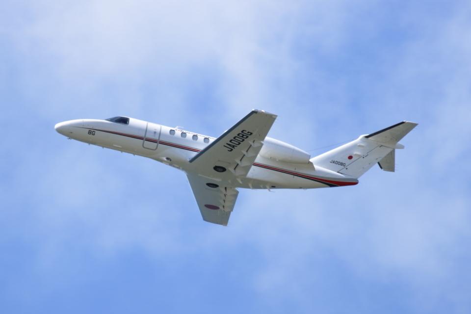 ▲®さんの国土交通省 航空局 Cessna 525 CitationJet (JA008G) 航空フォト