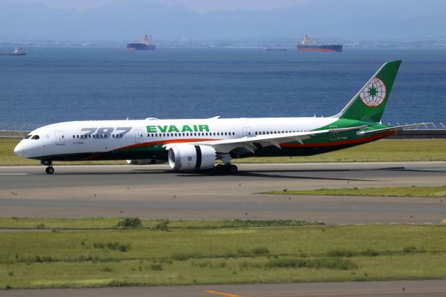 ▲®さんが、中部国際空港で撮影したエバー航空 787-9の航空フォト(飛行機 写真・画像)