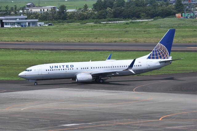 kumagorouさんが、仙台空港で撮影したユナイテッド航空 737-824の航空フォト(飛行機 写真・画像)