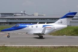 RJOY_Spotterさんが、八尾空港で撮影した日本法人所有 HA-420の航空フォト(飛行機 写真・画像)