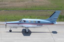 よっしぃさんが、神戸空港で撮影した日本個人所有 PA-46-310P Malibuの航空フォト(飛行機 写真・画像)