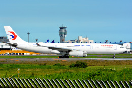アルビレオさんが、成田国際空港で撮影した中国東方航空 A330-343Xの航空フォト(飛行機 写真・画像)