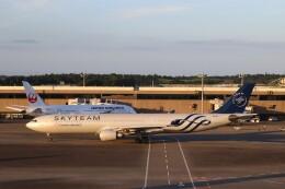 不揃いさんが、成田国際空港で撮影したチャイナエアライン A330-302の航空フォト(飛行機 写真・画像)
