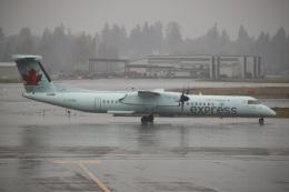 ズイ₍₍ง˘ω˘ว⁾⁾ズイさんが、シアトル タコマ国際空港で撮影したジャズ・エア DHC-8-402Q Dash 8の航空フォト(飛行機 写真・画像)