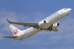 norimotoさんが、三沢飛行場で撮影した日本航空 737-846の航空フォト(飛行機 写真・画像)