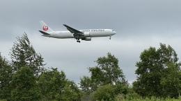 hachiさんが、新千歳空港で撮影した日本航空 767-346/ERの航空フォト(飛行機 写真・画像)