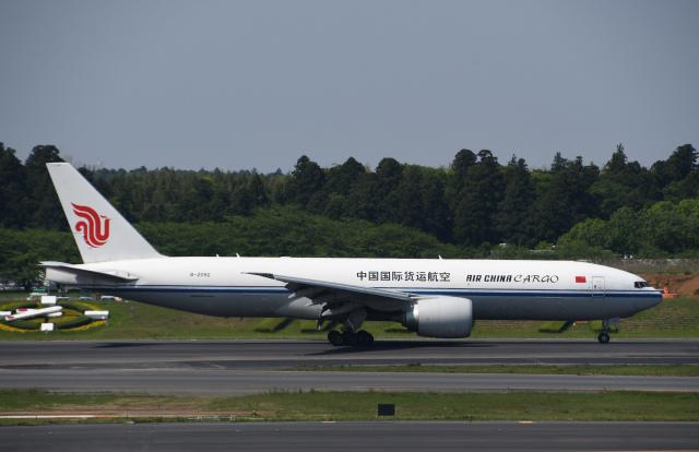チャーリーマイクさんが、成田国際空港で撮影した中国国際貨運航空 777-FFTの航空フォト(飛行機 写真・画像)
