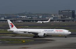 チャーリーマイクさんが、羽田空港で撮影した中国東方航空 777-39P/ERの航空フォト(飛行機 写真・画像)