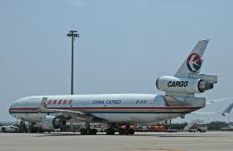 チャーリーマイクさんが、上海浦東国際空港で撮影した中国貨運航空 MD-11Fの航空フォト(飛行機 写真・画像)