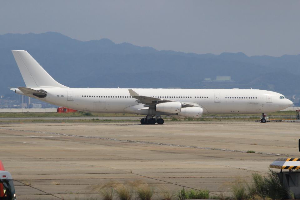 キイロイトリさんのハイ・フライ・マルタ Airbus A340-300 (9H-SOL) 航空フォト