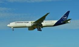 micelさんが、成田国際空港で撮影したルフトハンザ・カーゴ 777-Fの航空フォト(飛行機 写真・画像)