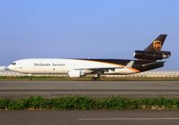 LOTUSさんが、関西国際空港で撮影したUPS航空 MD-11Fの航空フォト(飛行機 写真・画像)