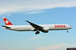 アルビレオさんが、成田国際空港で撮影したスイスインターナショナルエアラインズ 777-3DE/ERの航空フォト(飛行機 写真・画像)
