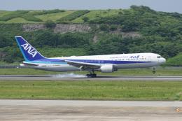 神宮寺ももさんが、長崎空港で撮影した全日空 767-381/ERの航空フォト(飛行機 写真・画像)