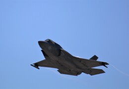 DDYさんが、岩国空港で撮影したアメリカ海兵隊 F-35B Lightning IIの航空フォト(飛行機 写真・画像)