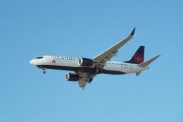 thomasYVRさんが、バンクーバー国際空港で撮影したエア・カナダ 737-8-MAXの航空フォト(飛行機 写真・画像)