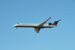 thomasYVRさんが、バンクーバー国際空港で撮影したエア・カナダ ジャズ CL-600-2D15 Regional Jet CRJ-705ERの航空フォト(飛行機 写真・画像)