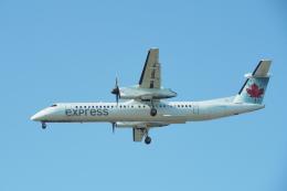 thomasYVRさんが、バンクーバー国際空港で撮影したジャズ・エア DHC-8-402Q Dash 8の航空フォト(飛行機 写真・画像)