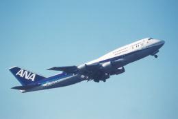 プルシアンブルーさんが、伊丹空港で撮影した全日空 747-481(D)の航空フォト(飛行機 写真・画像)