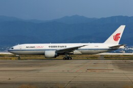 PW4090さんが、関西国際空港で撮影した中国国際貨運航空 777-FFTの航空フォト(飛行機 写真・画像)