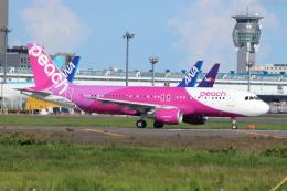 フレッシュマリオさんが、成田国際空港で撮影したピーチ A320-214の航空フォト(飛行機 写真・画像)