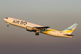 ズイ₍₍ง˘ω˘ว⁾⁾ズイさんが、羽田空港で撮影したAIR DO 767-381/ERの航空フォト(飛行機 写真・画像)
