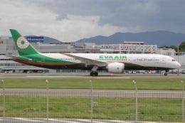 MOR1(新アカウント)さんが、福岡空港で撮影したエバー航空 787-9の航空フォト(飛行機 写真・画像)