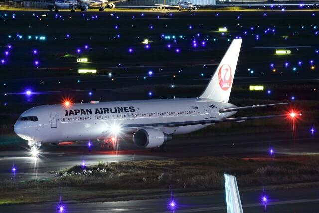 ズイ₍₍ง˘ω˘ว⁾⁾ズイさんが、羽田空港で撮影した日本航空 767-346/ERの航空フォト(飛行機 写真・画像)