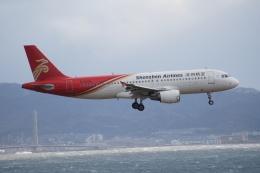 磐城さんが、関西国際空港で撮影した深圳航空 A320-214の航空フォト(飛行機 写真・画像)
