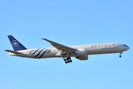 B747‐400さんが、成田国際空港で撮影したエールフランス航空 777-328/ERの航空フォト(飛行機 写真・画像)