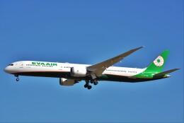 B747‐400さんが、成田国際空港で撮影したエバー航空 787-10の航空フォト(飛行機 写真・画像)
