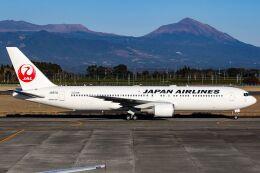 ズイ₍₍ง˘ω˘ว⁾⁾ズイさんが、鹿児島空港で撮影した日本航空 767-346/ERの航空フォト(飛行機 写真・画像)