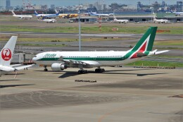 OMAさんが、羽田空港で撮影したアリタリア航空 A330-202の航空フォト(飛行機 写真・画像)