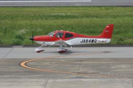 神宮寺ももさんが、長崎空港で撮影した航空大学校 SR22の航空フォト(飛行機 写真・画像)