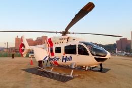 TA27さんが、川崎医科大学附属病院で撮影した学校法人ヒラタ学園 航空事業本部 EC145T2の航空フォト(飛行機 写真・画像)
