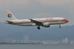 Deepさんが、関西国際空港で撮影した中国東方航空 A320-214の航空フォト(飛行機 写真・画像)