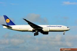 アルビレオさんが、成田国際空港で撮影したルフトハンザ・カーゴ 777-FBTの航空フォト(飛行機 写真・画像)