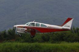 しょうせいさんが、岡南飛行場で撮影した日本個人所有 E33 Bonanzaの航空フォト(飛行機 写真・画像)