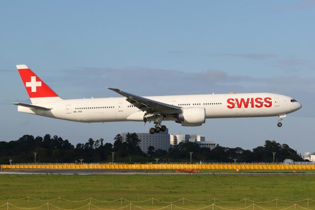 航空フォト:HB-JND スイスインターナショナルエアラインズ 777-300