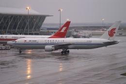 磐城さんが、上海浦東国際空港で撮影した中国国際航空 767-3J6の航空フォト(飛行機 写真・画像)