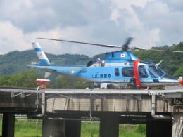 チダ.ニックさんが、静岡ヘリポートで撮影した山口県警察 A109E Powerの航空フォト(飛行機 写真・画像)