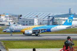 singapore346さんが、伊丹空港で撮影したエンブラエル ERJ-190-300 STD (E190-E2)の航空フォト(飛行機 写真・画像)