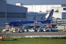 ▲®さんが、成田国際空港で撮影したアゼルバイジャン航空 A340-542の航空フォト(飛行機 写真・画像)