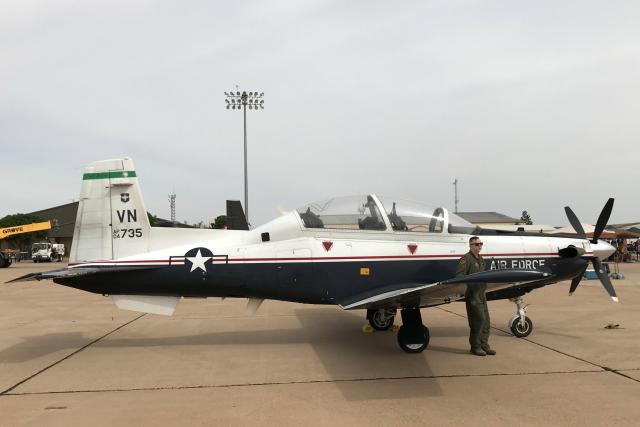 キャノン空軍基地 - Cannon Air Force Base [CVS/KCVS]で撮影されたキャノン空軍基地 - Cannon Air Force Base [CVS/KCVS]の航空機写真(フォト・画像)