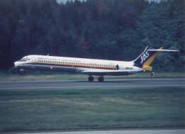 プルシアンブルーさんが、秋田空港で撮影した日本エアシステム MD-87 (DC-9-87)の航空フォト(飛行機 写真・画像)