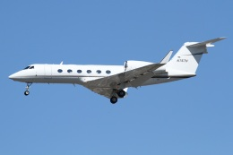 よっしぃさんが、ロサンゼルス国際空港で撮影したARC Real Estate Partners LLC G-IV-X Gulfstream G450の航空フォト(飛行機 写真・画像)