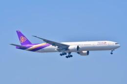 Hiro Satoさんが、スワンナプーム国際空港で撮影したタイ国際航空 777-3D7/ERの航空フォト(飛行機 写真・画像)